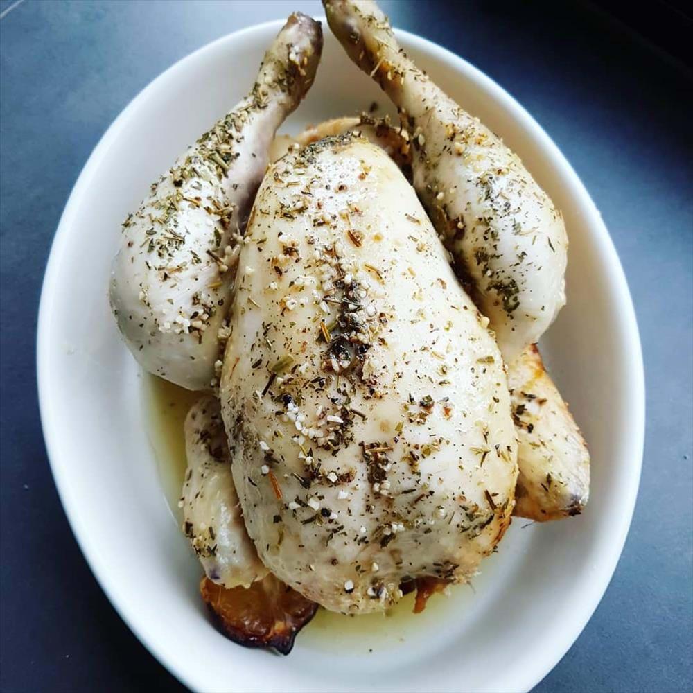 Pollo en la olla de cocción lenta