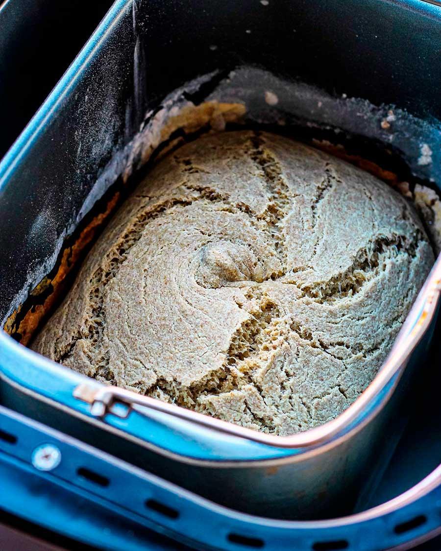 Pan de leche sin gluten en panificadora